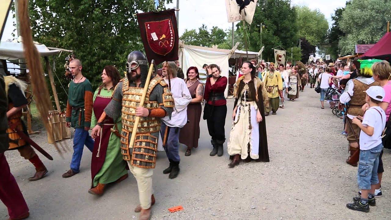 Hallbergmoos - Mittelaltermarkt 2014 - Festumzug - YouTube
