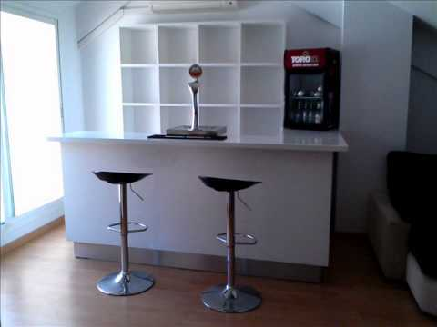 Barra de bar en casa youtube - Barra bar para salon ...