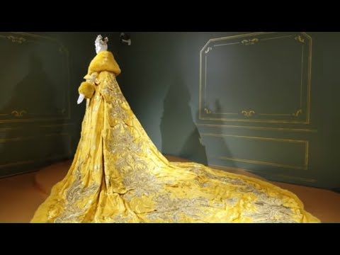 Vancouver ART SCENE: GUO PEI: COUTURE BEYOND @ Vancouver Art Gallery, Oct. 13, 2018 - Jan. 20, 2019