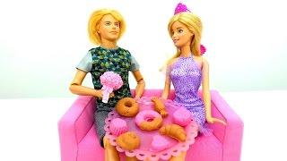 Сюрприз для Барби. Конфеты ПлейДо от Кена