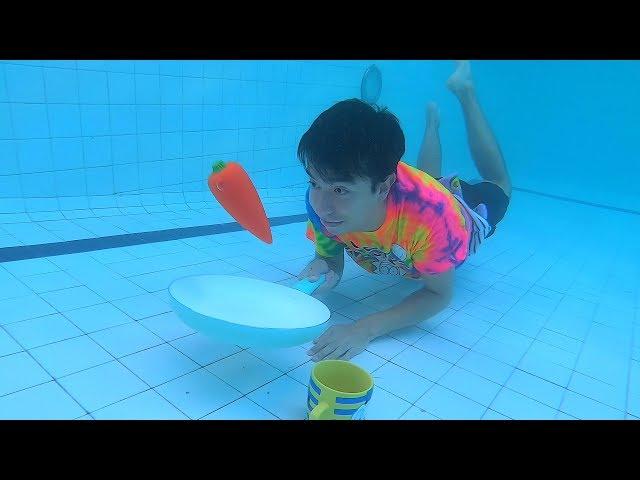 Viviendo Debajo del Agua (Duermo, Hablo por Celular, Como y Más) - Ami Rodriguez