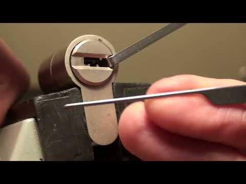 086 Richard's M&C 3*** SKG Dimple lock with sliders