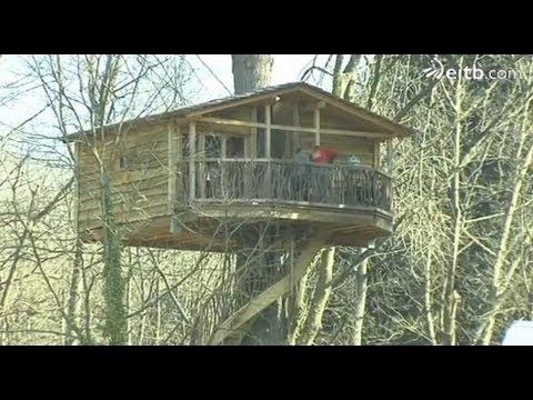 Las casas en rboles de zeanuri abren sus puertas youtube - Casa arbol zeanuri ...