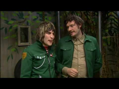 The Mighty Boosh - Series 1, Episode 3 (S1 E3) Opening Scene