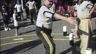 Dancing gangnam cop Thumbnail