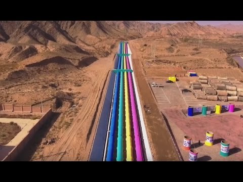 Beautiful! Irrigation facilities by Yellow River go colorful