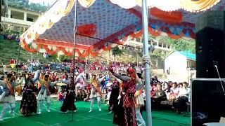 Pahari kulluvi dance by beautiful school girl in a tournament at balu