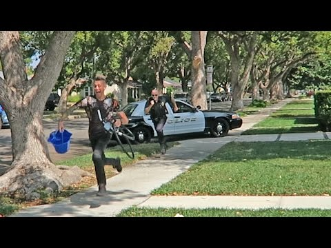 GETTING CHASED BY COPS!!