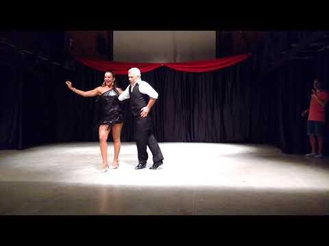 Samba - Bianca Gonzalez e Jaime Arôxa - Arte A2 - Workshop 28/10/2017