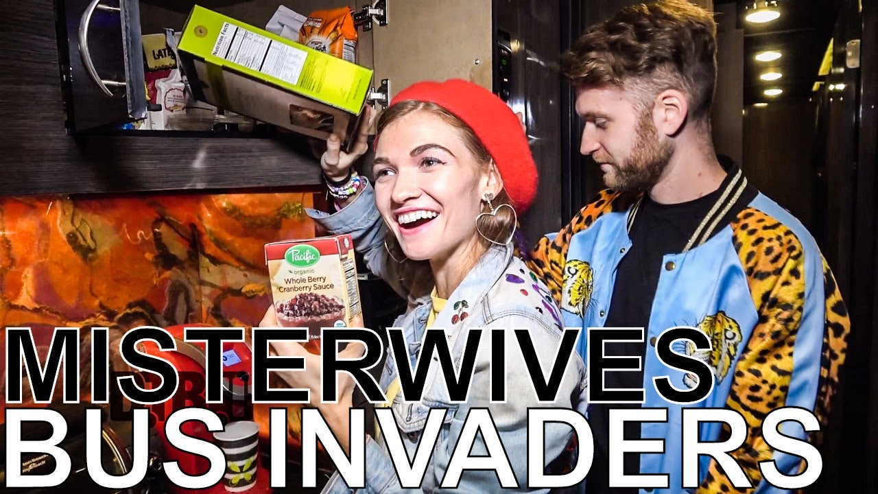 Misterwives - BUS INVADERS Ep  1228