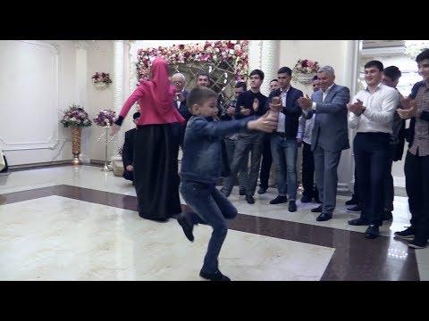 Лезгинка. Этот мальчик удивил всех на Свадьбе.7 Мая 2017. Студия Шархан
