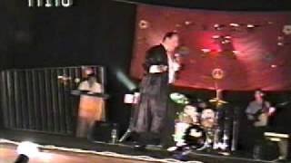 TITO BRAVO 10 canta temas de sandro y leonardo favio