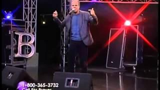 """Everlasting Love"" live performance by Jason Alvarez"