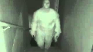 Vidéo Terrifiante d'un Fantôme