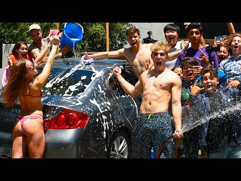 Thumbnail: SEXUAL CAR WASH WITH FANS CARS