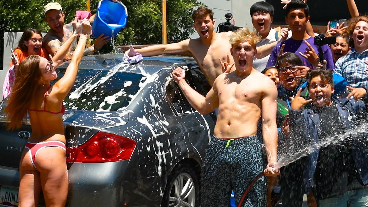sexual car wash with fans cars