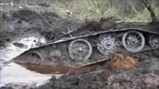 Шокирующая находка в болоте !!!! ТАнк)))