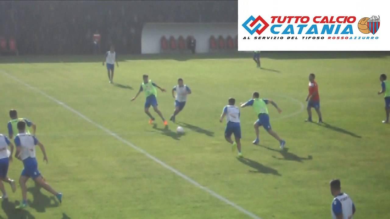 Primo allenamento stagionale calcio catania a torre del grifo village youtube - Torre del grifo piscina ...
