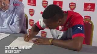 What it's like to get your first pro contract at Arsenal