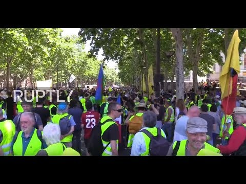 LIVE: Yellow Vests continue protests in Paris after European elections