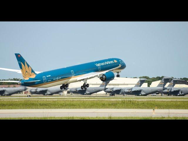 Máy bay Boeing 787-10 Dreamliner gia nhập đội bay của Vietnam Airlines