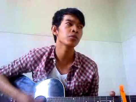 khmer sing by guitarហ៍Original Song by Ratanak Khoeun (Cover By Hor Chandara)