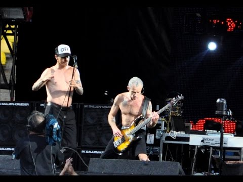 Red Hot Chili Peppers (Live Moscow 22.07.12) + Gogol Bordello