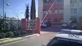 kozan.gr: Έφτασε - πριν από λίγο - στην Κοζάνη η μεταγωγή με τη μητέρα