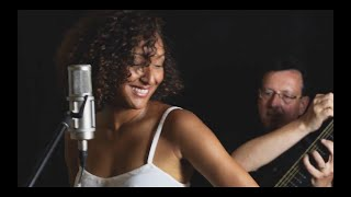 "Strings Y Voz - Lisbania Perez & Christoph Stadtler - ""Sexual healing"" Cover (Live recording)"