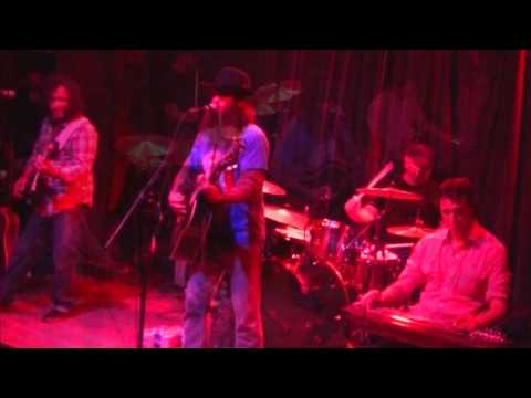 Loud and Heavy - Cody Jinks and The Tone Deaf Hippies