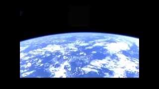 地球を眺めながらシルビーバルタン(9曲)を聴く (9 Songs of Sylvie Vartan with the Earth)
