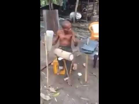 Video Lucu kakek main Drum solo