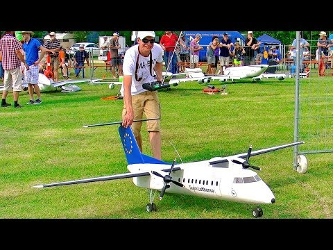 DASH 8 - 300 BOMBARDIER BIG RC ELECTRIC SCALE MODEL AIRPLANE AIRLINER FLIGHT DEMONSTRATION