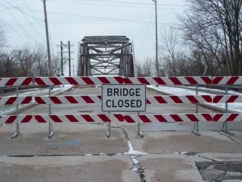 Blue Island Roads and Bridges Mystery.wmv