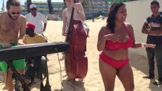 Cleo & Kristin Amparo - Havana beach session