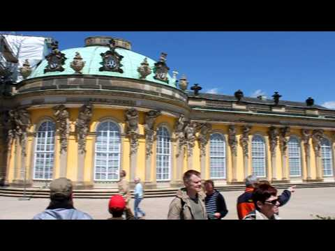 360° view in front of Sanssouci Palace