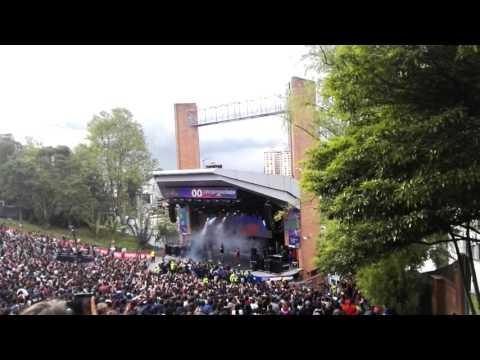 Lo malo de ser bueno - Cuarteto de nos (Concierto Rádionica 2016/Bogotá) Media Torta