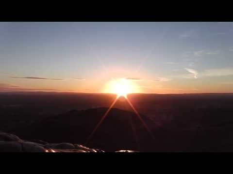 Winter Sunrise at Arthur's Seat || Edinburgh || Scotland Travel Diary