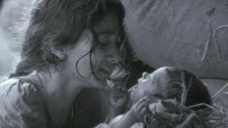 Dalapathi Movie Scenes - A mother abandoning her newborn son - Rajnikanth, Mani Ratnam, Ilayaraja