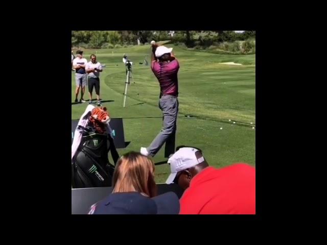 【アイアン練習】タイガーウッズ(Tiger Woods)アイアン練習 スローモーションあり