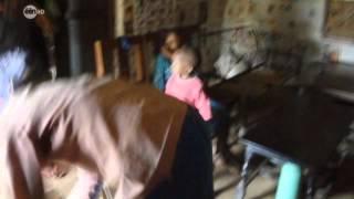 Repeat youtube video Via Annemie: Besnijdenis (Circumcision)