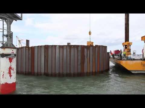 Sheet Piling UK at Great Yarmouth Harbour