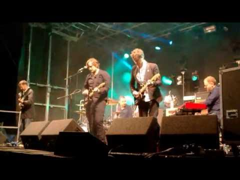 Starsailor - Four To The Floor feat. R McNamara from Embrace live at Secret Festival 2016
