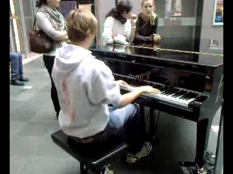 Grieg Piano Concert annoys employees of the House of Music in Vienna