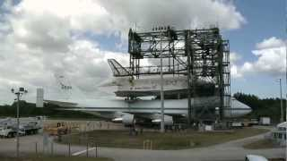 Timelapse Footage: Space Shuttle Discovery Arrives at the Mate/Demate Device