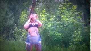 Как раздеть девушку с помощью гранатомета!(Раздеваем девушку с помощью гранатомета!, 2016-06-26T19:08:06.000Z)