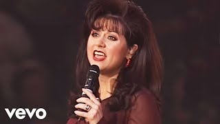 Bill & Gloria Gaither - The King Is Coming [Live] ft. Gaither Vocal Band
