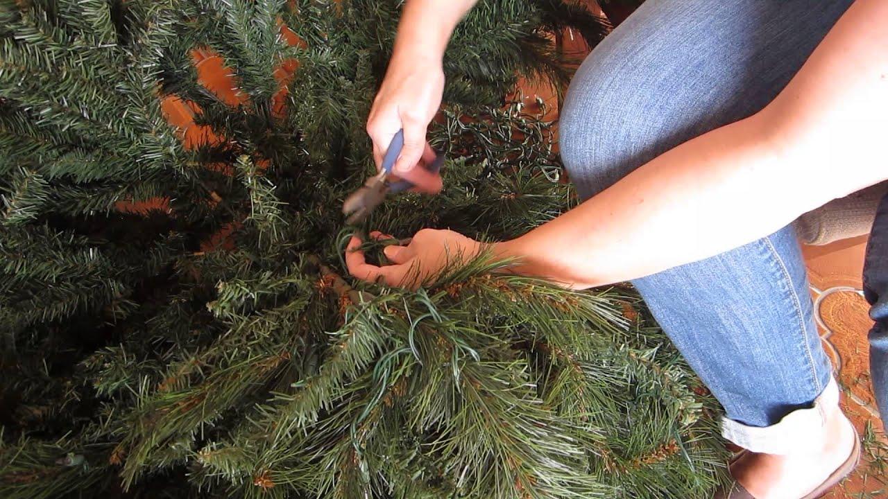 Restring Lights Pre Lit Christmas Tree Decoratingspecial Com