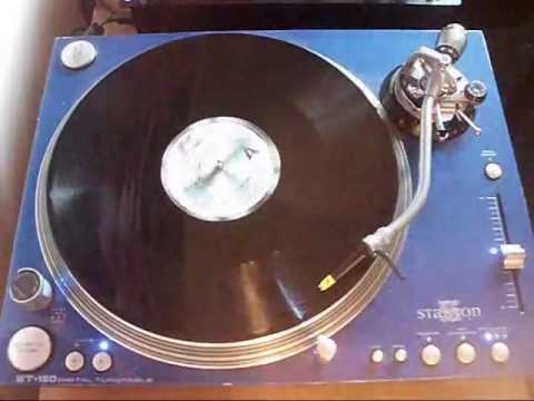RICK JAMES - GIVE IT TO ME BABY (12 INCH VERSION)