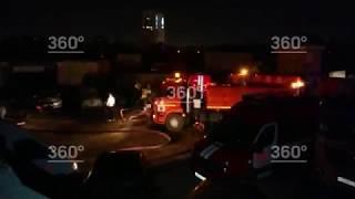 Пожар на площади 300 кв. м. вспыхнул на Ленинградском шоссе